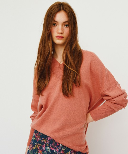 Noemi V Neck Pullover Rose