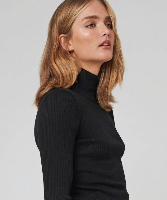 Morri Wool Rib High Neck Black