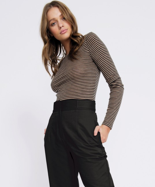 Morri Wool Stripe Round Neck Latte/Black
