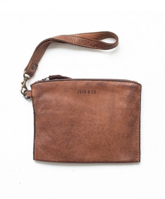 Small Leather Flat Pouch Cognac