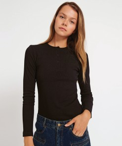 Moss Ribbed Top Black